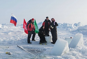 Our Ice Divers at the Nothern Pole!!!